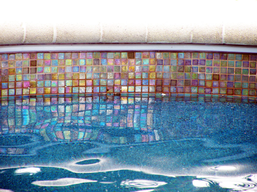 unique swimming pool tiles photo - 5