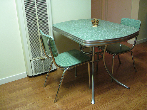 vintage kitchen table photo - 6