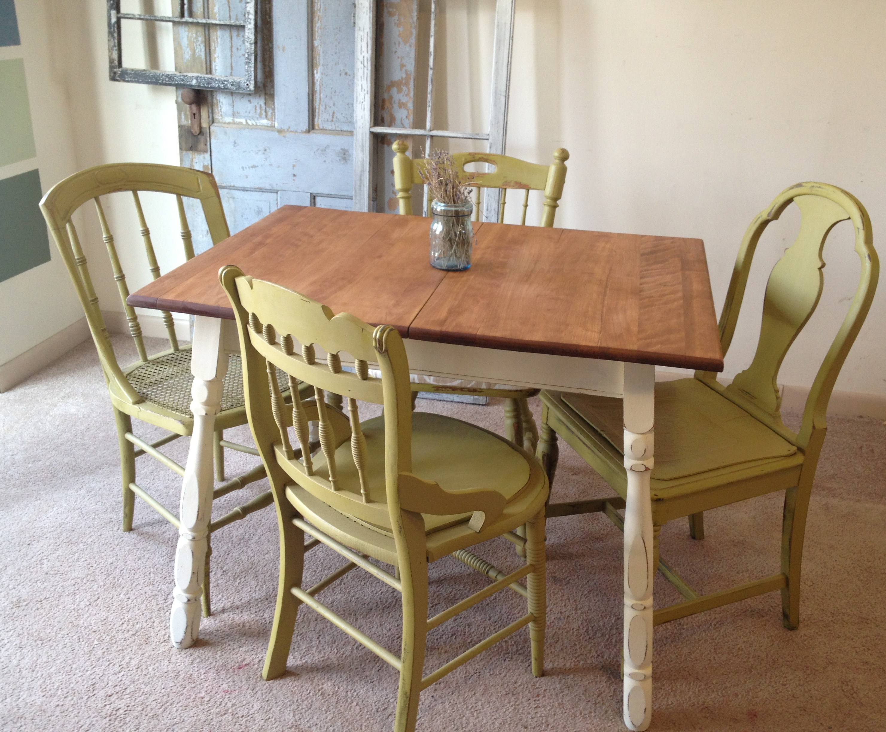 vintage kitchen table and chairs photo - 1