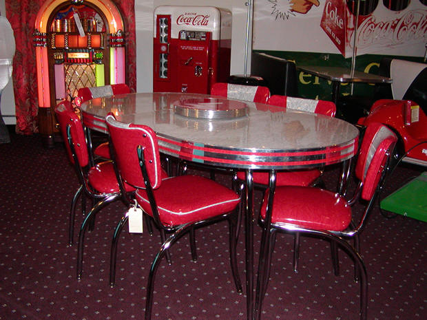 Vintage Kitchen Tables And Chairs Photo   5