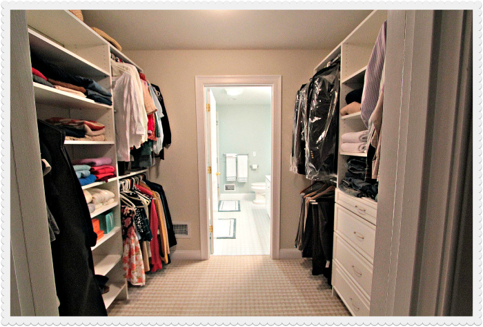 Walk in closet and bathroom ideas 15 ways to make your for Master bathroom designs with walk in closets