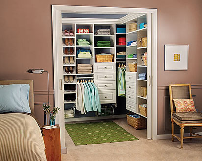 walk in closet design for small spaces photo 3 - Small Walk In Closet Design Ideas