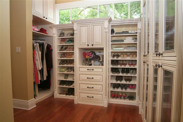 Looking For A Walk In Closet Check These 10 Perfect Walk
