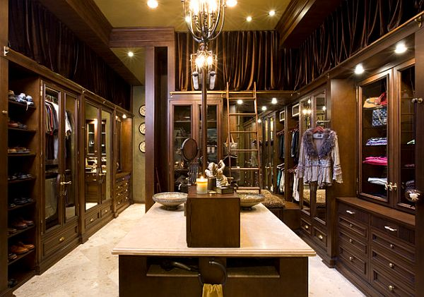 walk in closet luxury design photo - 4