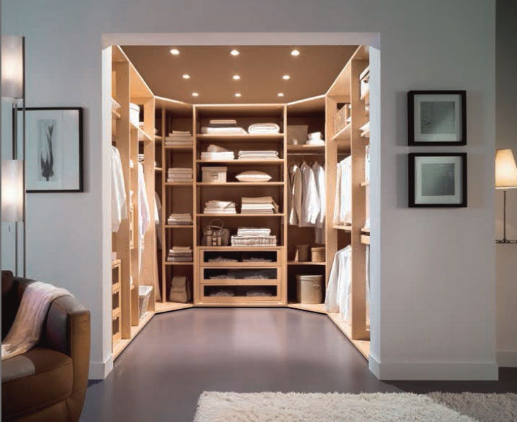 walk in closet luxury design photo - 5