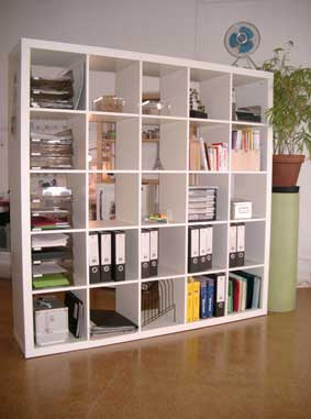 wall divider bookshelf photo - 2