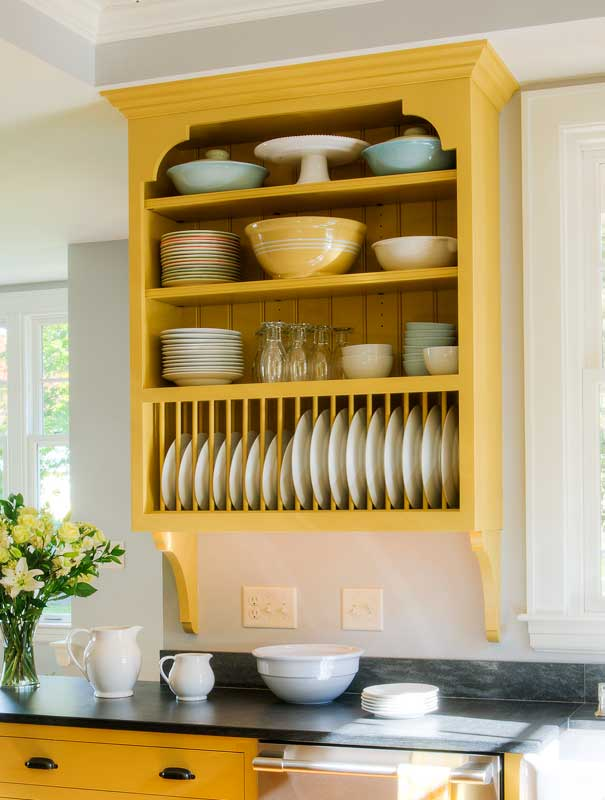 wall mounted plate shelves photo - 2