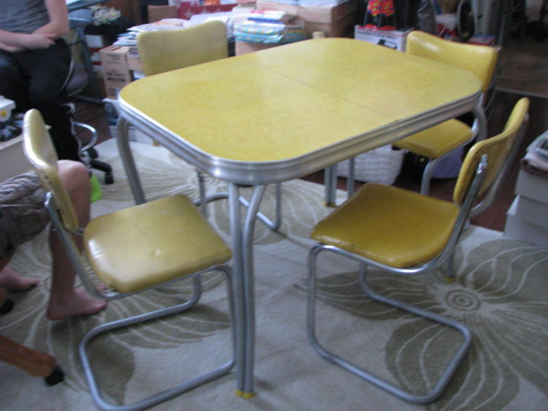 yellow retro kitchen table chairs photo - 5