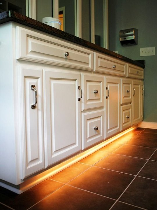Endearing 60+ Kitchen Cabinet Kick Plate Inspiration Design Of ...